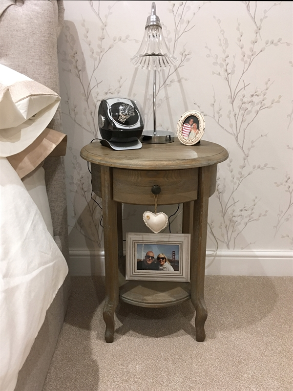 Helen Holland-review-picture