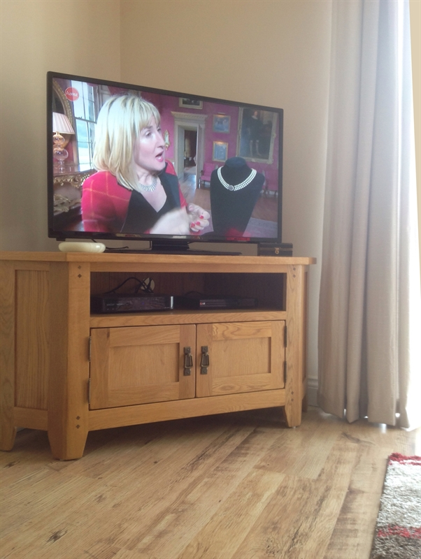 Oakland Large Corner Tv Unit Up To 56 Quot The Cotswold