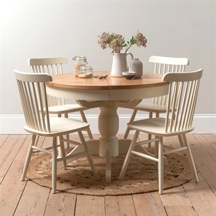 Sussex Cotswold Cream 110-145cm Round Table and 4 Spindleback Chairs