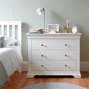 Chantilly Warm White 3 Drawer Petite Chest