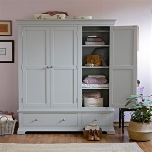 Chantilly Pebble Grey Triple Wardrobe