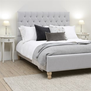"""Evesham 4ft 6"""" Double Bed - Silver Linen"""
