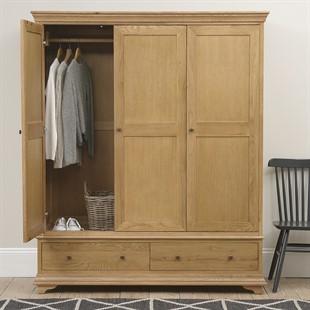 Winchcombe Oiled Oak NEW Triple Wardrobe