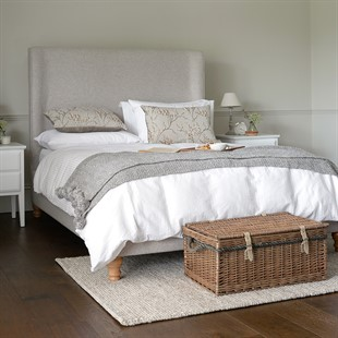 """Laurie 4ft 6"""" Double Bed - Oatmeal"""