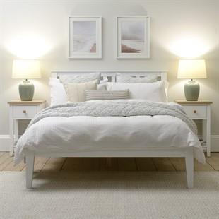 "Pensham Pure White 4ft 6"" Double Bed - White"