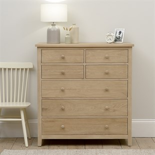 Chester Oak NEW 4 over 3 Large Chest of Drawers
