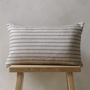 Harrop Cushion – Raven 33x55cm