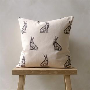 Woodland Cushion – Horrace Black/Natural 43x43cm