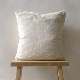 Tipped faux fur cushion caramel