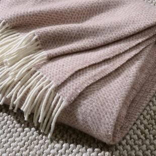 Beehive Throw - Dusky Pink