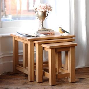 Newark Oak Nest of 3 Tables